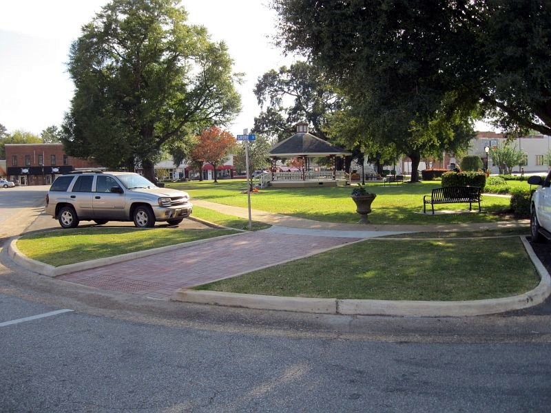2012-10-31-Headland-Sidewalk-Project_36